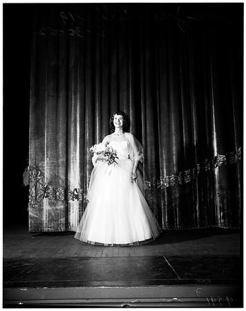 """""""Miss Welcome to Long Beach"""" contest winner (Long Beach Municipal Auditorium), 1952"""