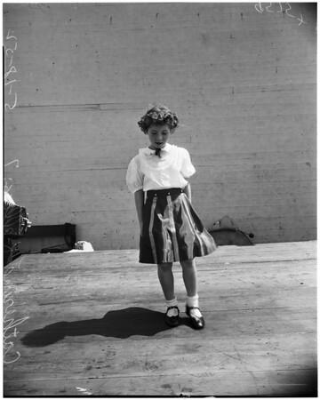 Irish feis contest (Mount Carmel High School), 1952