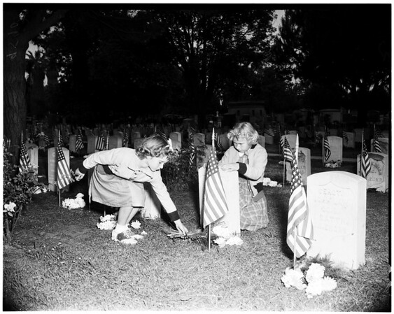 Memorial Day (Rosedale Cemetery), 1952