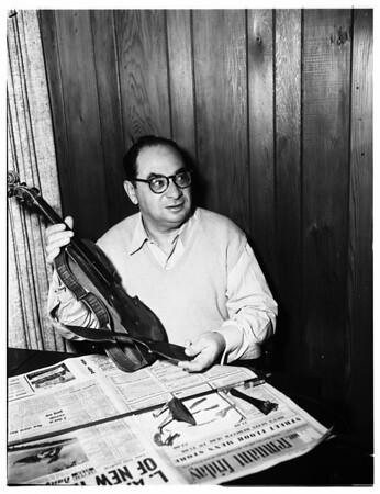 $50,000 Stradivarius recovered, 1952