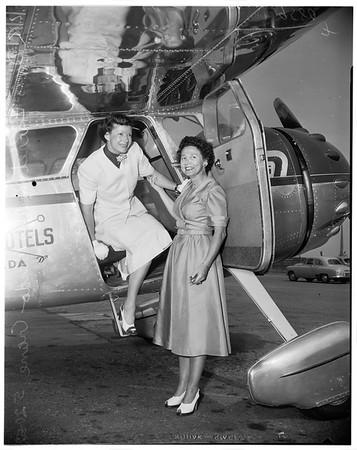Aviation races (powder puff derby), 1952