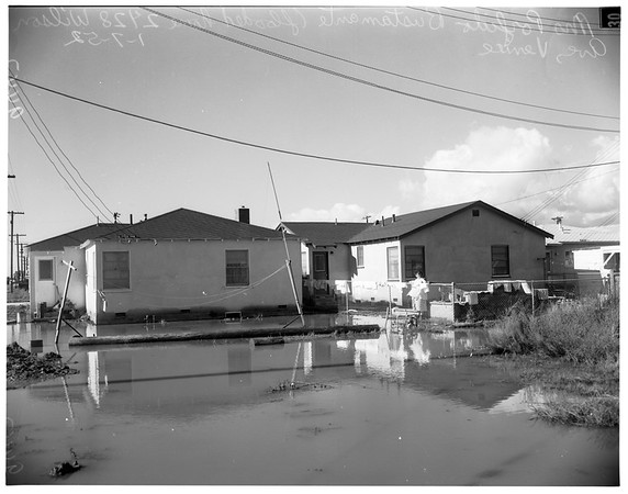Venice homes flooded, 1952