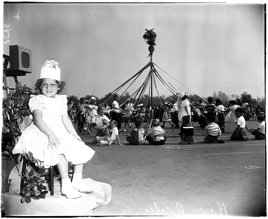 Polio victim -- festival queen (Valley), 1952