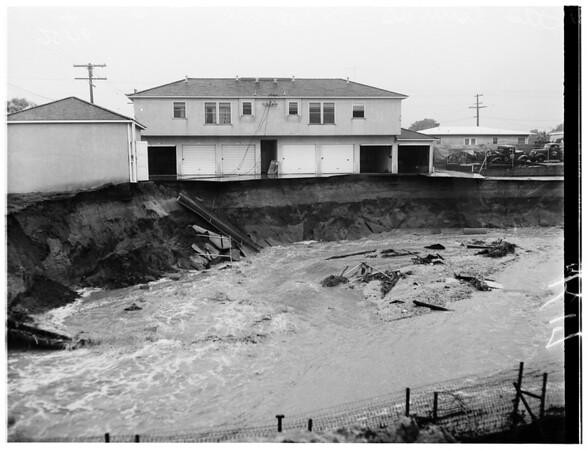 Storm ...Pasadena ...Las Tunas Drive, 1952