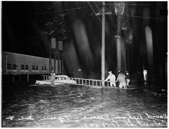 Flood in Van Nuys and Reseda... Van Nuys Boulevard and Aetna Street and Sylvan Street in front of City Hall ...