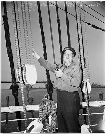 "City snubs old sailing ship (""Pacific Queen""), 1952"