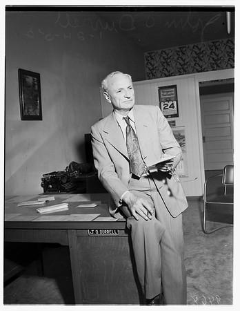 Retiring judge, 1952
