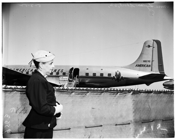Old time aviatrix, 1952.