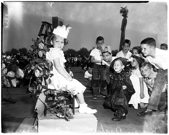 Polio victim -- festival queen (Valley), 1952