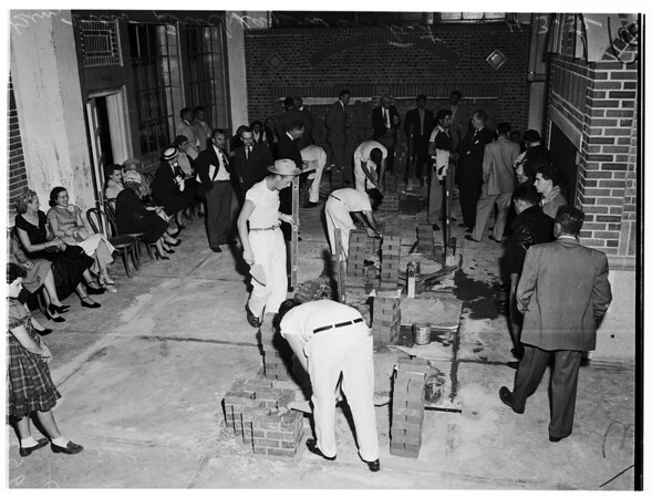 Bricklaying contest, 1952
