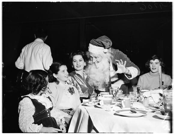 Carol luncheon, Beverly Hills Hotel, 1952