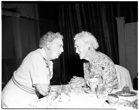 Gold Star Mother's convention dinner, Long Beach, 1952
