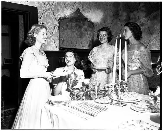 Junior Guild of Los Angeles girls tea, 1952