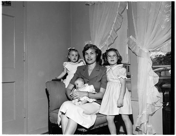 Mrs. Myrtle Folmar, 1952