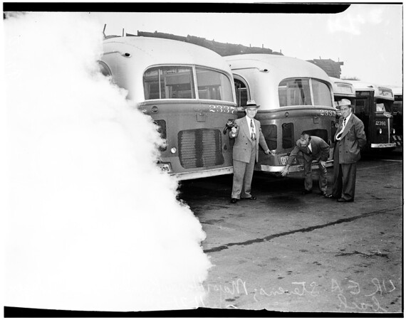 Smog, Pacific Electric bus smoke, 1950