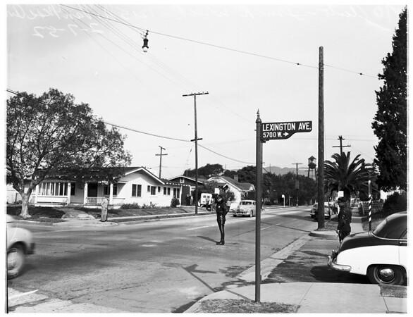 Auto versus truck accident (1215 North Van Ness Avenue), 1952