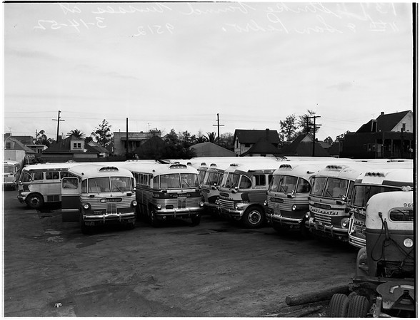 Strike ... Greyhound buses, 1952