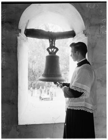 Easter breakfast (San Fernando Mission), 1952