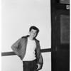 Police shoot juvenile burglar suspect, 1952