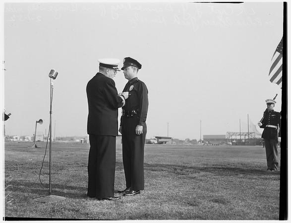 Medal awards (San Pedro Naval Air Base), 1952