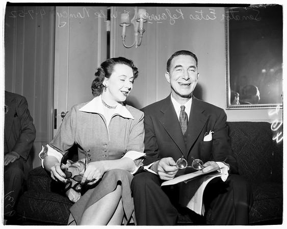 Senator Kefauver arrives, 1952