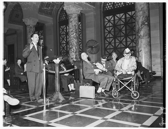 Veterans at City Council (Rodger Young Village), 1952