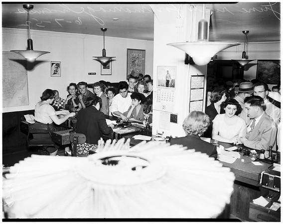 Marriage rush, 1952