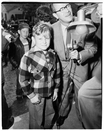 Missing child... later found, 1952