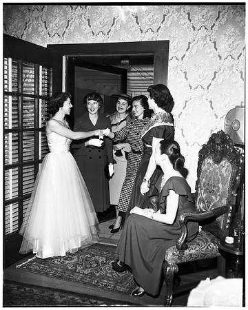 Junior Guild of Los Angeles girls tea, 1952