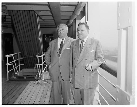 Arrival on S. S. Lurline, 1952