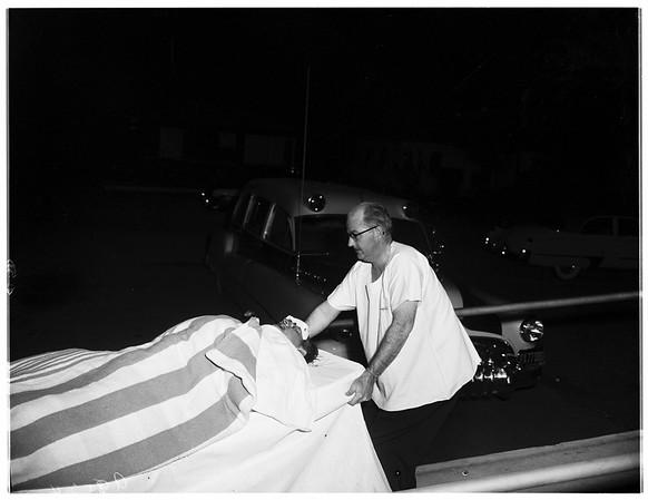 Car runs into truck... 9534 San Fernando Road, Pacoima, 1952