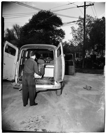 Lewd photo distributor pinched (13563 1/2 Ventura Boulevard), 1952