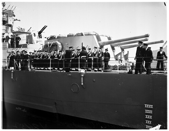 "Canadian Cruiser stops here (""Quebec""), 1952"