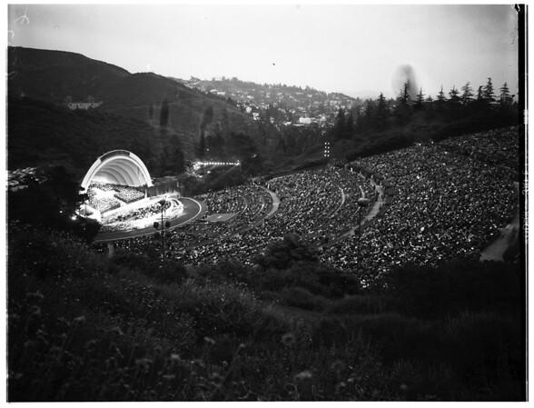Easter (Hollywood Bowl), 1952
