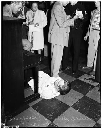 Holdup at Betty's Bar, 1952