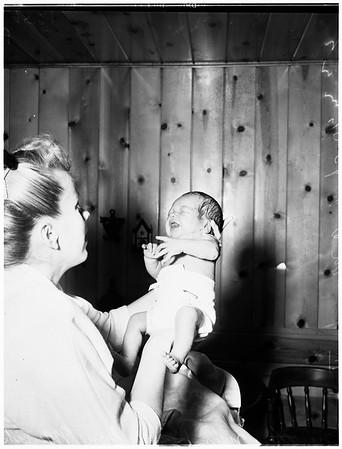 Baby picture (Korean veteran's family), 1952