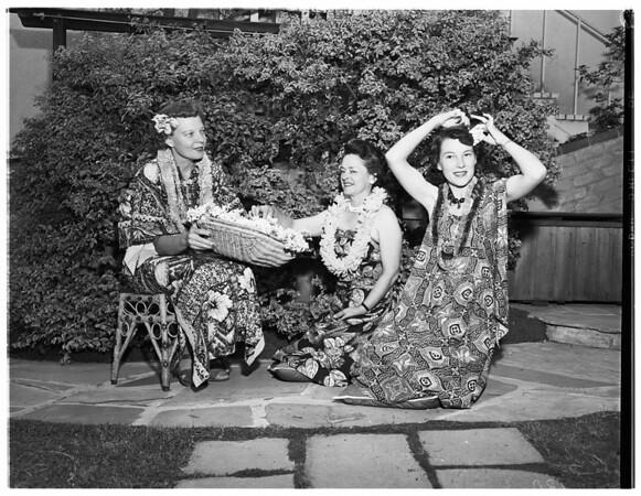 Women's Architectural League planning luau, 1953