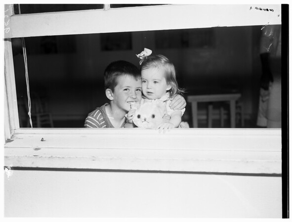 Abandoned children, 1952