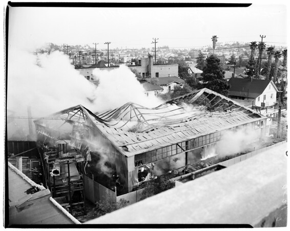 Fire at 4400 Sunset Boulevard (Surplus Warehouse), 1952