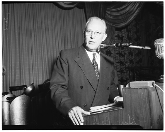 Town hall meeting, 1952