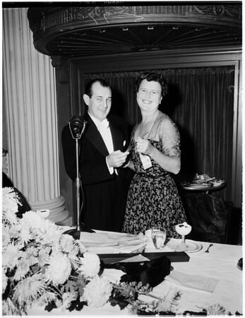 Pre-symphony dinner, 1952