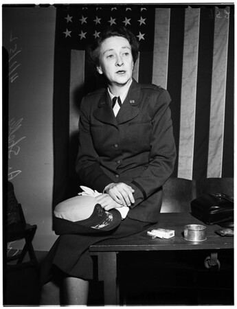 Women in the Air Force -- Colonel interview, 1952