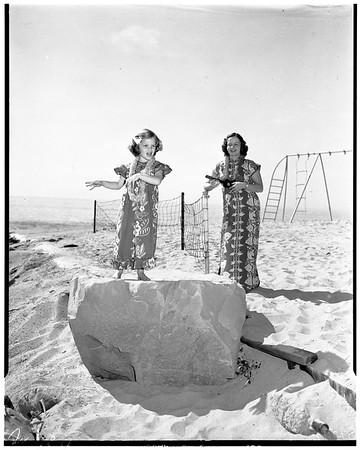 Bel Air Bay Club Hawaiian party, 1952