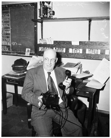 Man retires after 37 1/2 years with telephone company, 1952