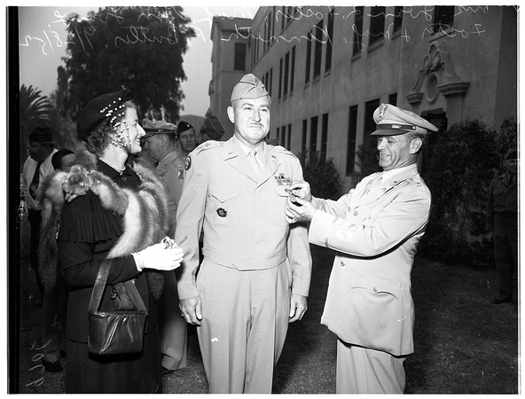 Veterans of Foreign Wars of the USA hospital day at Sawtelle, 1952