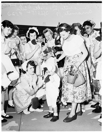 "Senior ""Sucker"" Day at Belmont High School, 1952"