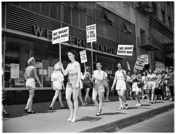 Western Union pickets in shorts, 1952
