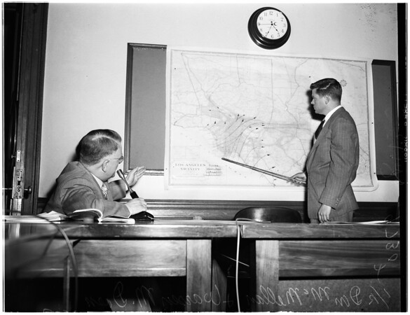 Smog meeting - Pasadena City Hall, 1952