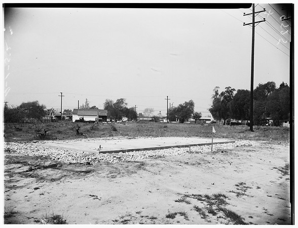 New pumping plant in North Hollywood abandoned by Water and Power Department, 1952