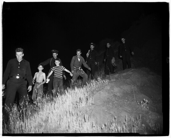 Kids trapped on ledge (Bronson Canyon -- Hollywood), Firemen to the rescue, 1952